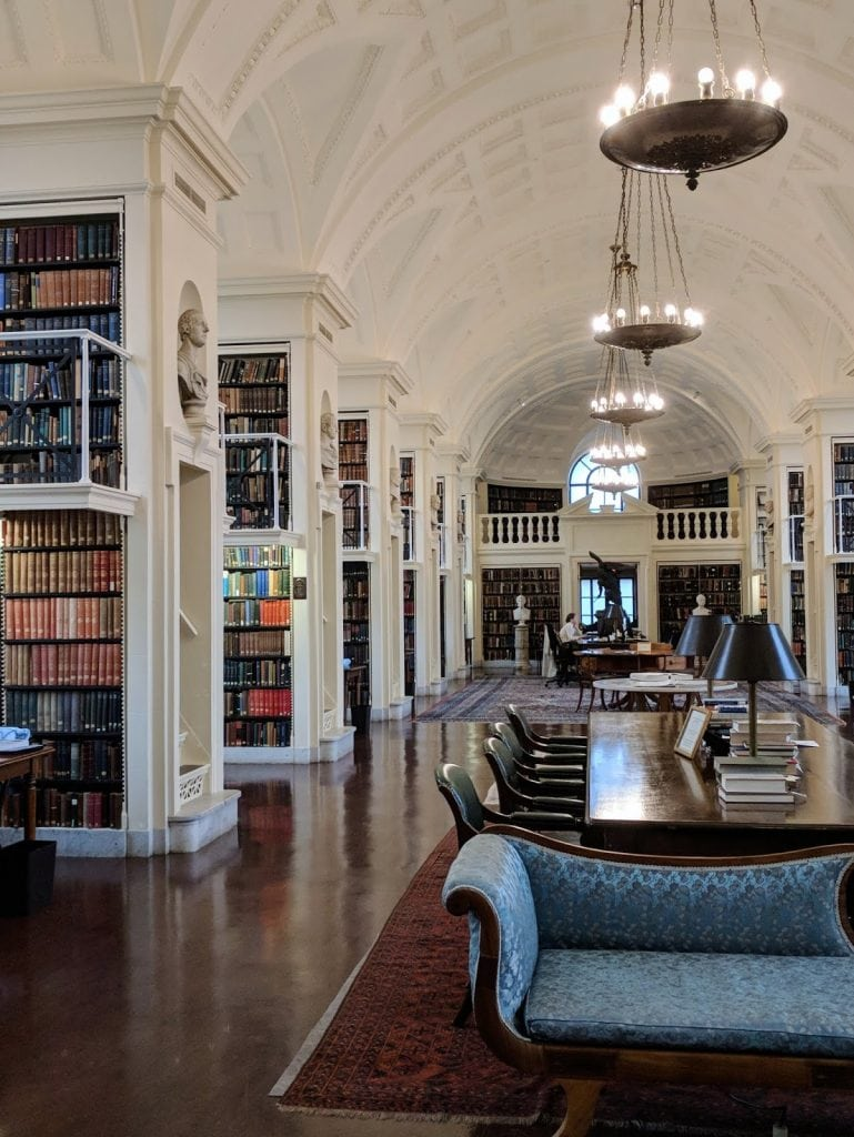 Hidden Boston Gem: The Boston Athenaeum | {imperfect idealist} #library #coollibraries #bookshelves