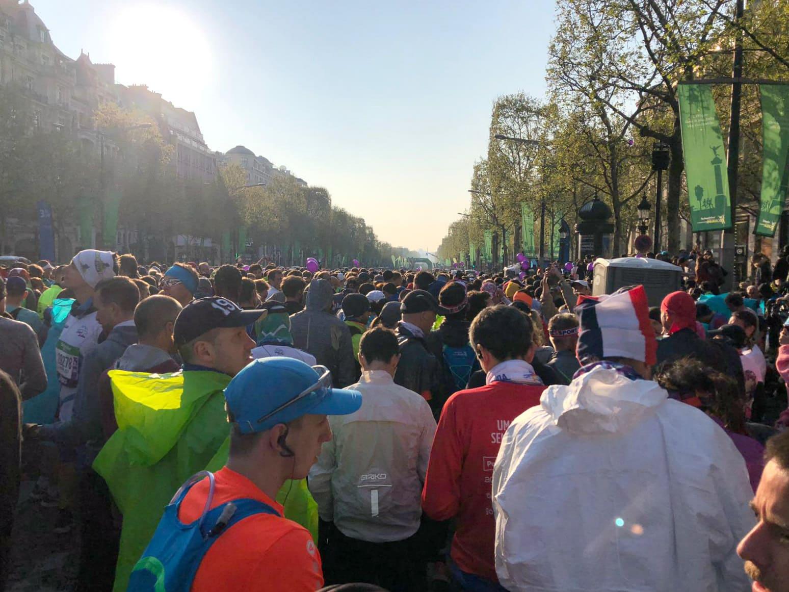 paris marathon corral