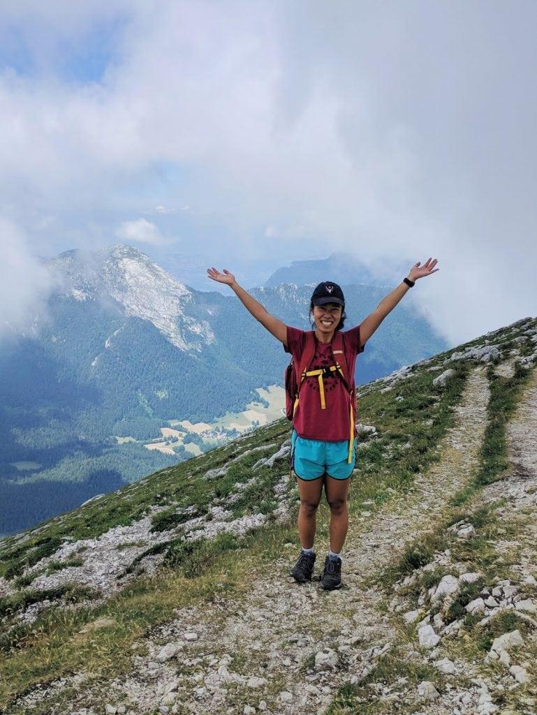 chamechaude hike summit