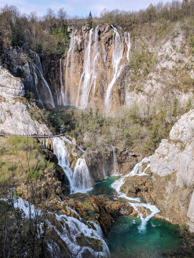 plitvice lakes national park big waterfall