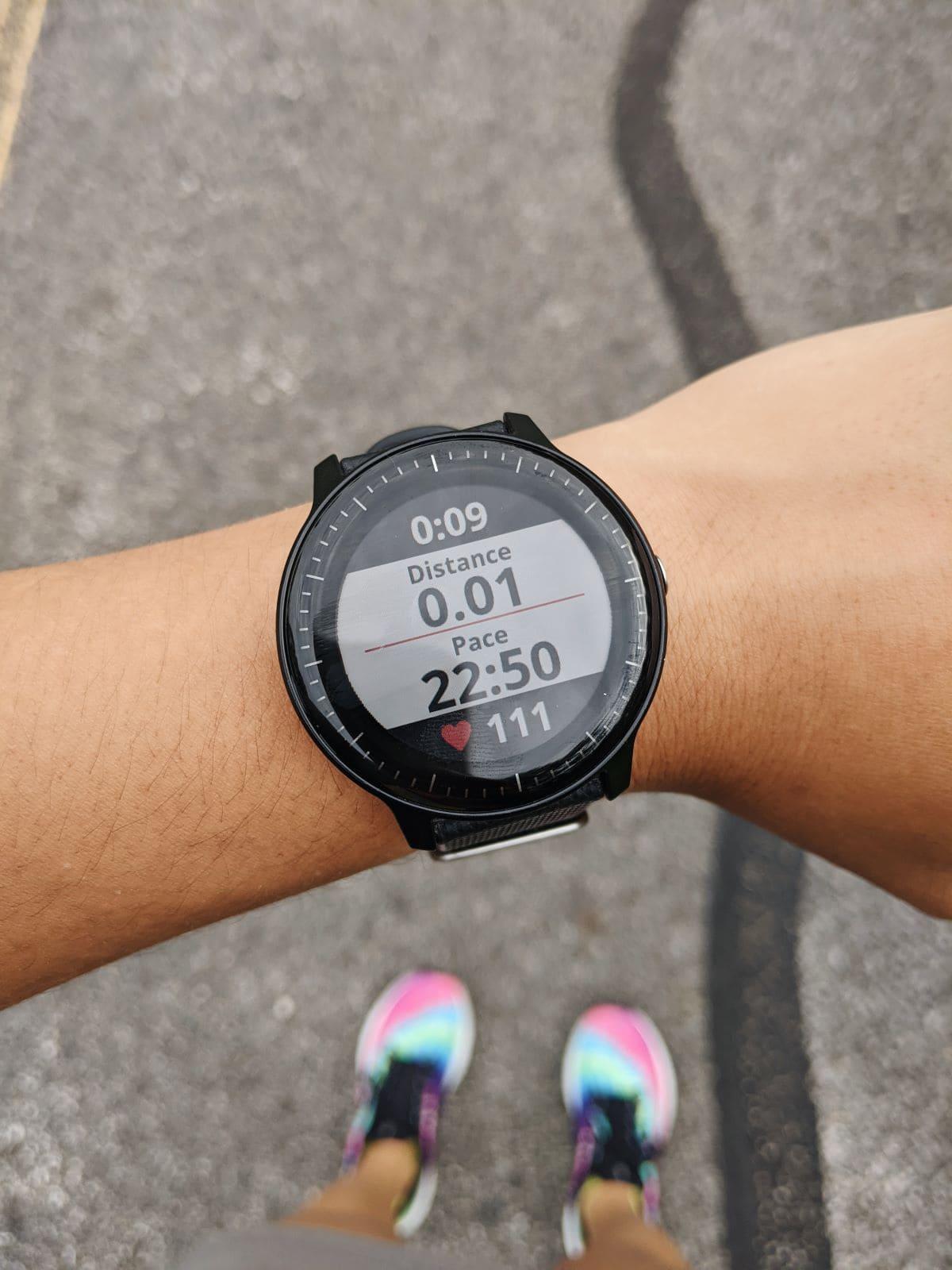 vivoactive 3 music screen during a run