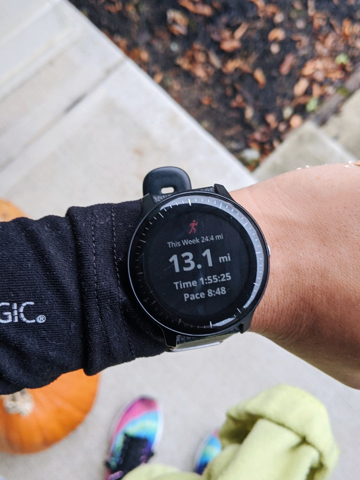 Vivoactive 3 Music watch face with half marathon stats